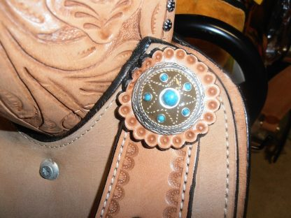 Barrel-Racing-Saddle-Turquoise-Stones-Conchos-3-Piece-Tack-Set-included-2