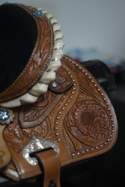 Barrel-Racing-Saddle-Turquoise-Stones-Conchos-3-Piece-Tack-Set-included-14